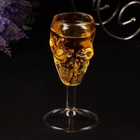 handmade-skull-wine-glass